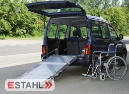Rollstuhlrampe mit Gasdruckfeder zum Festeinbau