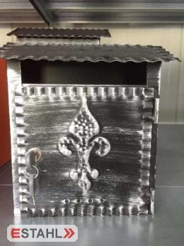 Briefkasten Stahl lackiert klein